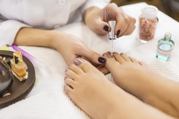tips to avoid pedicure infections